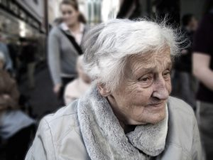 La maladie d'Alzheimer.