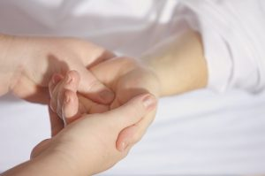 13 Traitements naturels pour arthrose massage