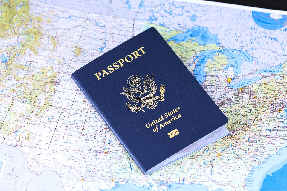 passport. Pourquoi vous devez partir en voyage?