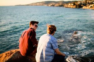 Comment se faire des amis en voyage ?