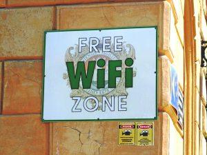 Comment voyager pas cher quand on est étudiant? wifi