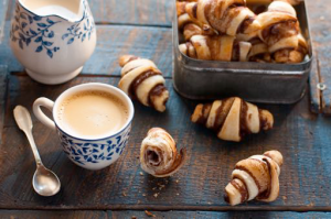 Mini-Croissants végans à la Chocolade sans lait de JEAN HERVE, orange et cannelle