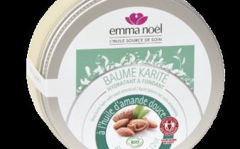 Emma Noël présente son Baume karité à l'huile d'amande douce.