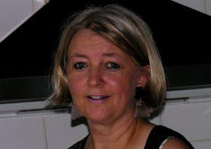 Elisabeth BUSSER. Le Remède d'urgence - 5 élixirs floraux du Docteur Bach
