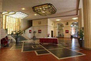 Hôtel Splendid ou la renaissance d'un lieu emblématique de l'art déco.
