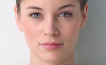 Utiliser le botox comme arsenal de lutte contre les rides.