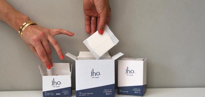 Jho, la marque en coton bio révolutionne le marché des produits d'hygiène intime.