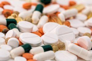 10 des meilleurs remèdes naturels pour l'acné et les boutons.