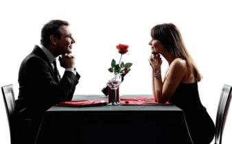 Que font les couples en cuisine pour pimenter la Saint-Valentin ?