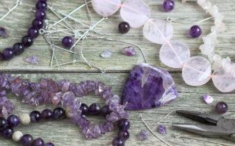 Bijoux en pierres naturelles et lithothérapie.