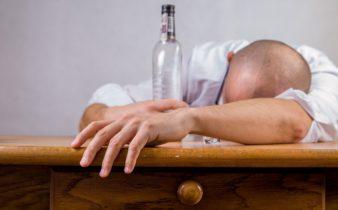 10 meilleures façons d'arrêter de boire de l'alcool