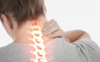 Les meilleures astuces pour soulager les douleurs cervicales