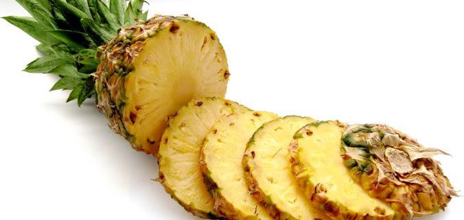 A quoi sert la bromélaïne contenue dans l'ananas ? Quels sont ses bienfaits