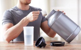Shakes protéinés : ils ne réparent pas vos muscles après un entraînement