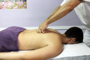 La thérapie alternative de étiopathe