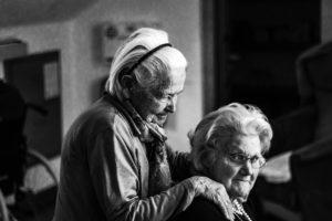 La téléassistance pour aider les personnes âgées à être plus autonomes