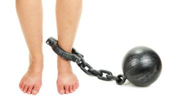 astuces remèdes jambes lourdes