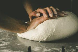 Comment faire la meilleure recette de pâte à pizza de tous les temps ?