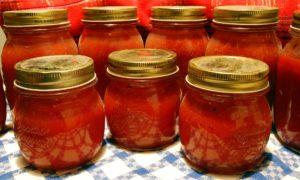 Comment conserver vos tomates cultivées à la maison?